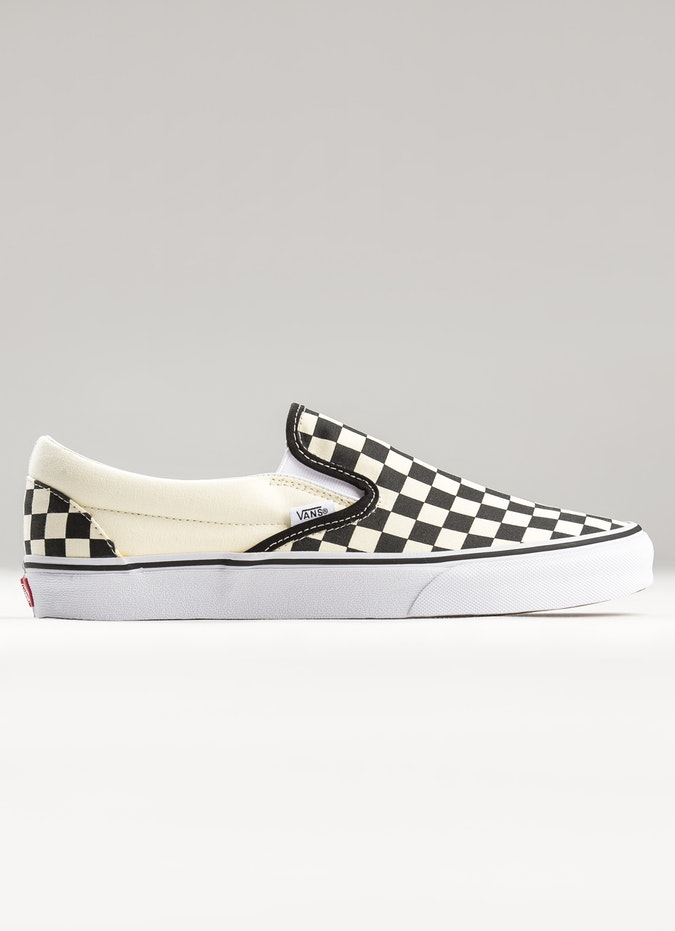 VANS CHECKERBOARD CLASSIC SLIP ON SHOES